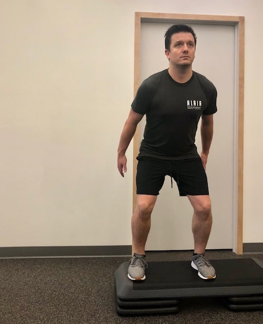 Lateral drop squat - Position 2 of 4